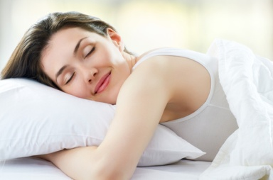 woman-sleeping-pillow
