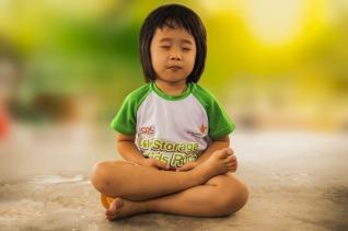 meditating-1894762_1920